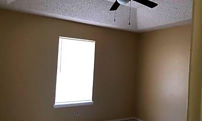 Bedroom, 2805 N 31st St, 2