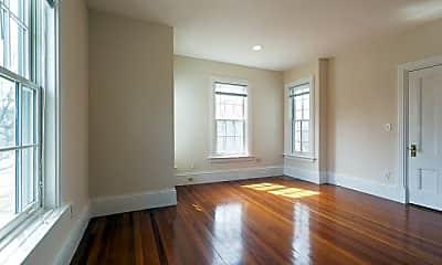 Living Room, 197 Walnut St, 1