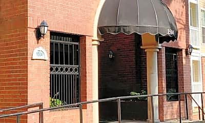 Building, 1504 Lincoln Way 110, 1