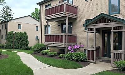 Building, 3703 Eastview Ln, 0