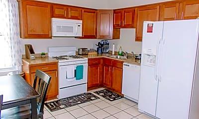 Kitchen, 67 Dakota St 3, 1