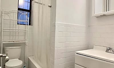Bathroom, 272 Lincoln Pl, 2