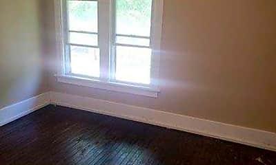 Living Room, 2760 N 44th St, 2