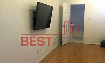 Living Room, 600 W 52nd St, 2