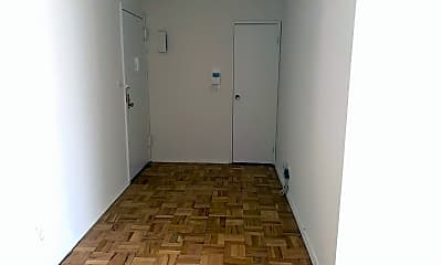 Bedroom, 125 Main St 2L, 1