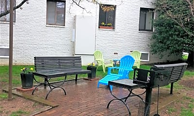 Patio / Deck, 2605 39th St NW, 2