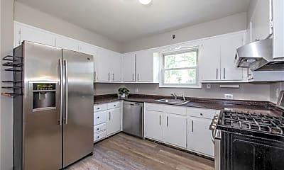 Kitchen, 4 Oak Ln, 1