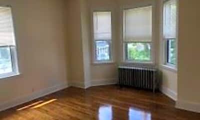 Living Room, 91 Cushing St, 2