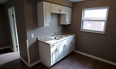 Kitchen, 411 Ryburn Ave, 2