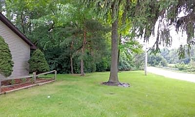 Pine Creek, 2