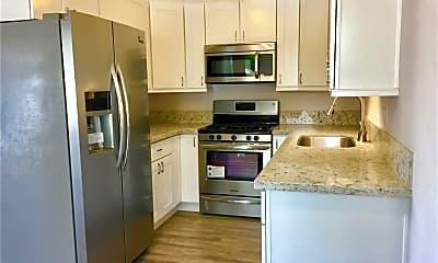 Kitchen, 821 Calle Puente 1, 1