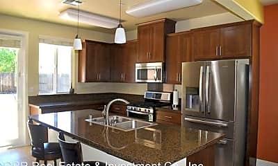 Kitchen, 3391 Oselot Way, 1