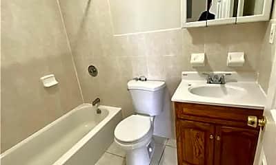 Bathroom, 2354 Newbold Ave, 2