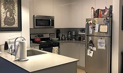 Kitchen, 42-15 Crescent St, 1
