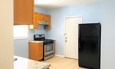Kitchen, 1077 Sanford Ave, 1