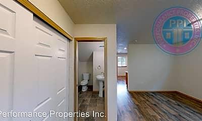 Kitchen, 7949 SE Glencoe Rd, 1