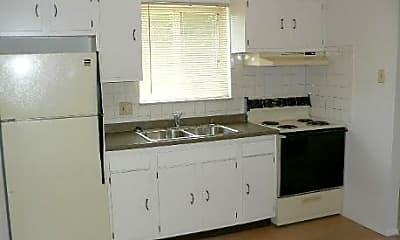 Hickory House Apartments, 2
