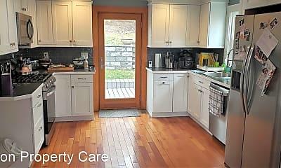 Kitchen, 82 Potomac St, 0