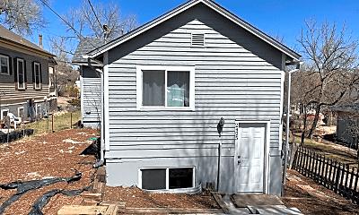 Building, 2425 W Platte Ave, 0