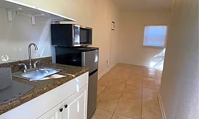 Kitchen, 1060 NW 47th St 00, 0