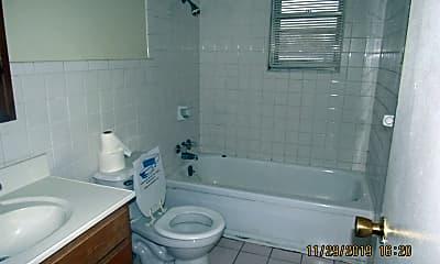 Bathroom, 2417 NW 42nd St, 1