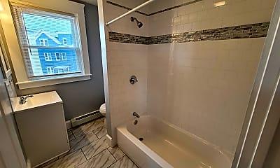 Bathroom, 827 Main St, 2