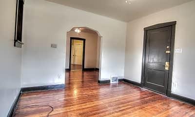 Living Room, 3953 Fairview Ave, 1