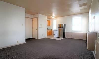 Living Room, 3306 3rd St, 0
