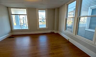 Living Room, 914 1/2 N Lee St, 2