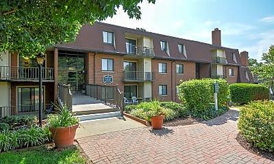 Fairway Park Apartments, 1