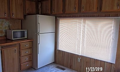 Kitchen, 8101 Tamarisk Rd, 1
