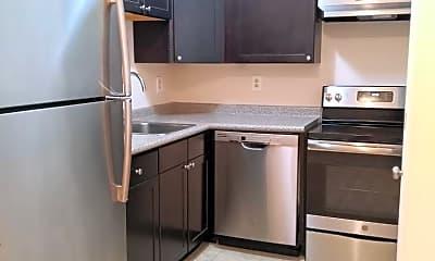 Kitchen, 3921 Prytania St, 0