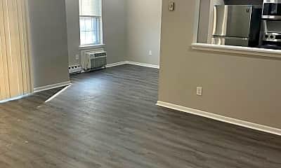 Living Room, 620 W Brookdale St, 1
