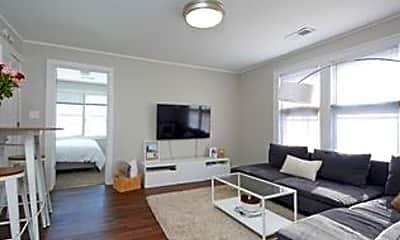 Living Room, 2742 California St NE, 0