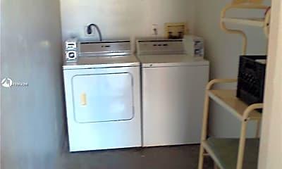 Kitchen, 2319 Johnson St 4, 2