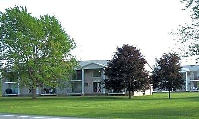 Grand Island Manor, 0