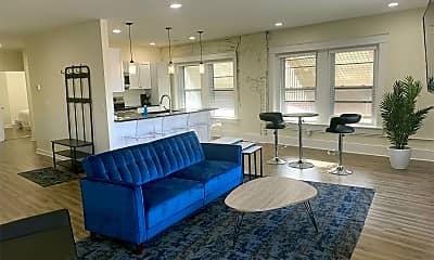 Living Room, 827 1/2 Westport Rd, 0
