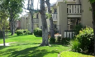 Lakeview Park Apartments, 0