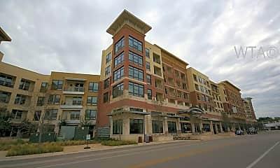 Building, 1333 South Shore District, 0