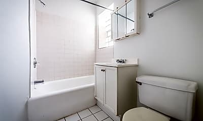 Bathroom, 7003 S Harper Ave, 2