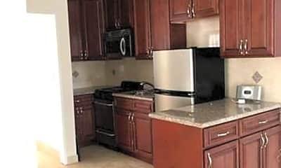 Kitchen, 137 S Crescent Dr 12, 2