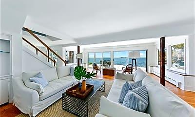 Living Room, 29 Owenoke Park, 1
