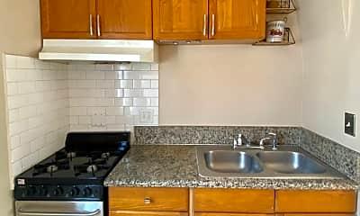 Kitchen, 4430 E 7th St, 2