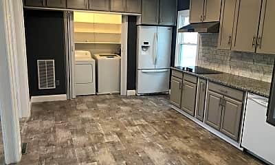 Kitchen, 126 Oakview Dr SE, 1