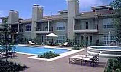 Villa Del Norte, 2