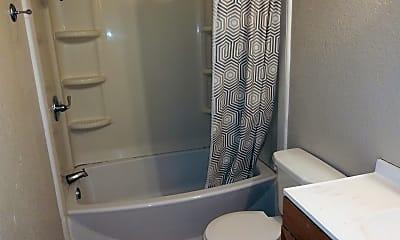 Bathroom, 609 S Carolina St, 2