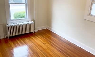 Living Room, 149 Grove St, 2