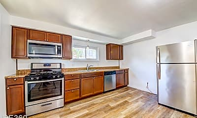 Kitchen, 739 Carnival Way, 1