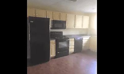 Kitchen, 101 Fairmont Dr, 1