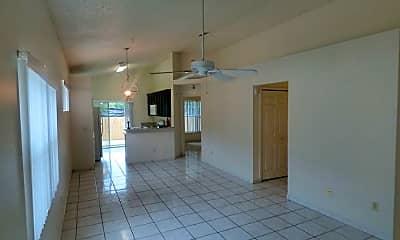 Living Room, 6402 Tidewave St, 1
